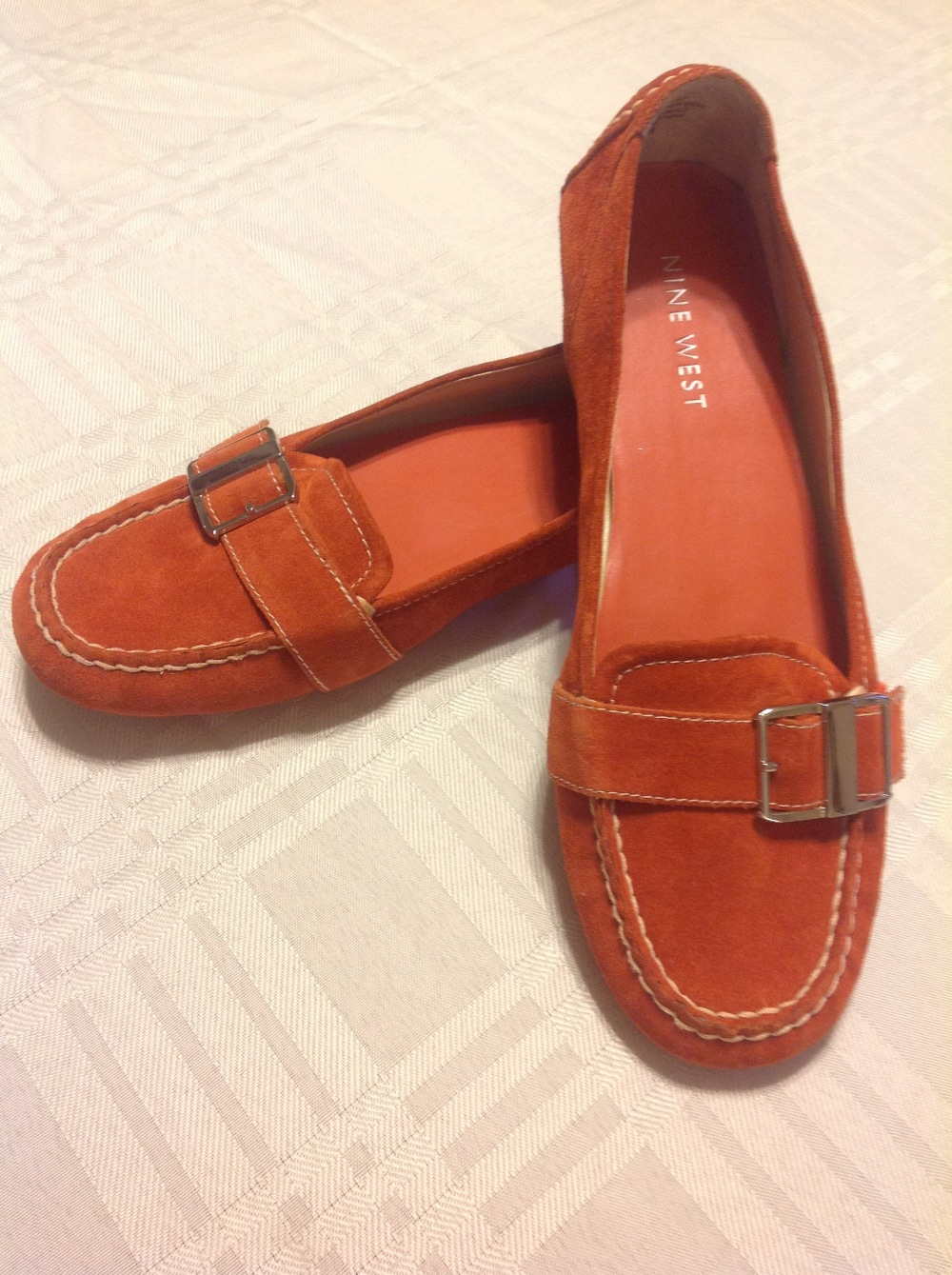 20be4d4ff23ac Nine West Women s LEEZAO Shoes Orange Taupe Suede Driving Loafers Size 9